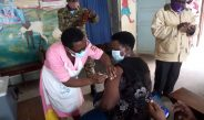 RDC Kagadi, Dr. Mwalimu Musheshe vaccinated against covid-19